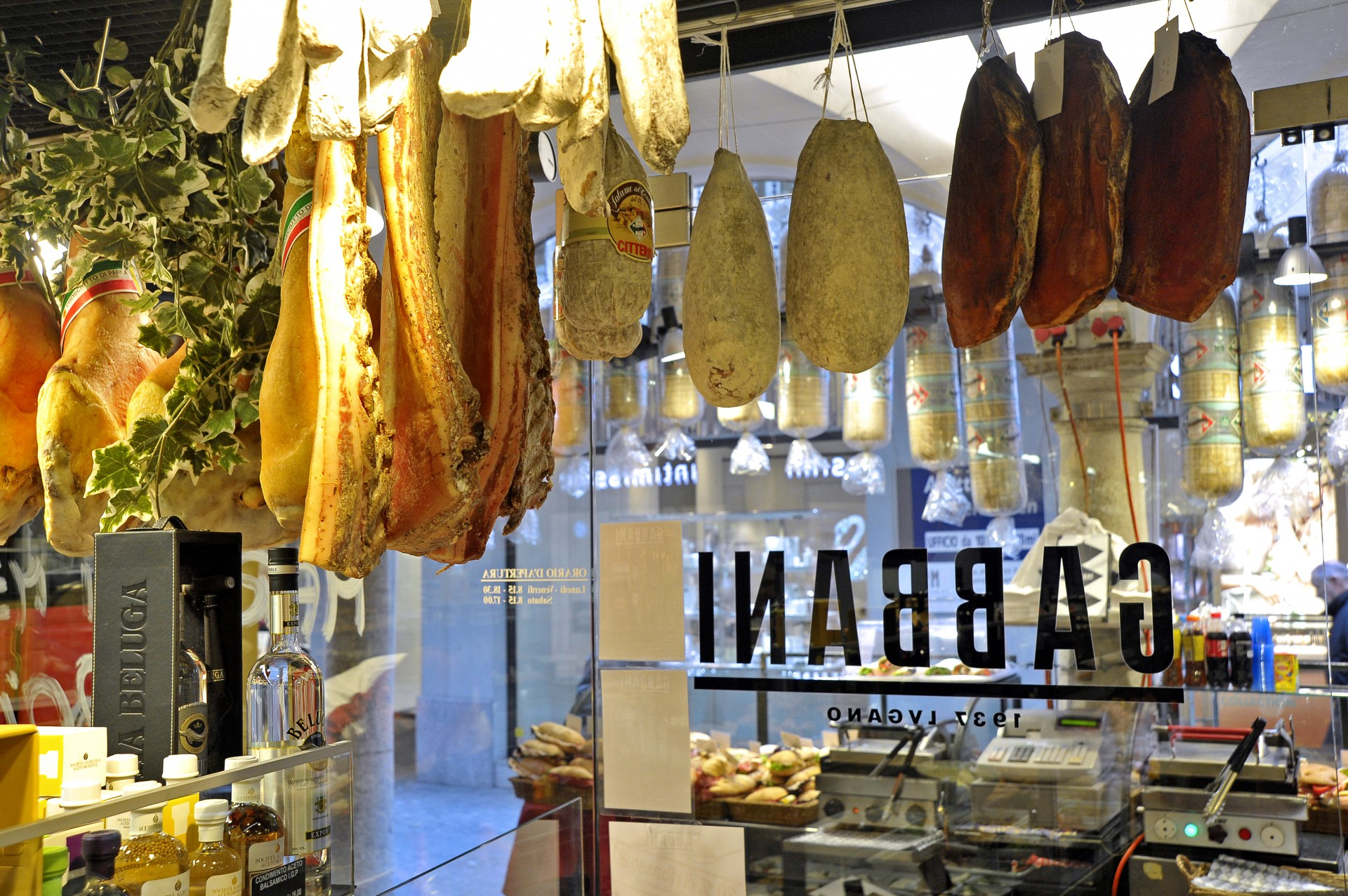 Gourmet and fine food: Italian and Swiss specialties